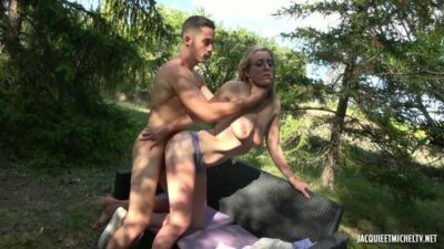 JacquieEtMichelTV – Alrox 25 Caregiver In Amiens FRENCH