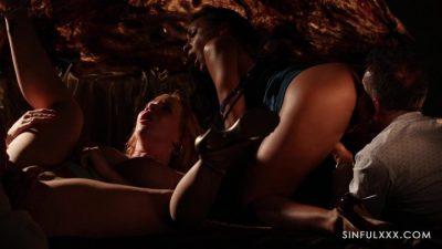 SinfulXXX – Cassie Del Isla And Kiara Lord