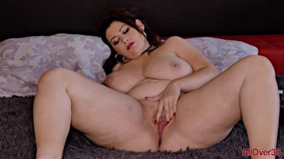 AllOver30 – Laura Titaphia Mature Pleasure